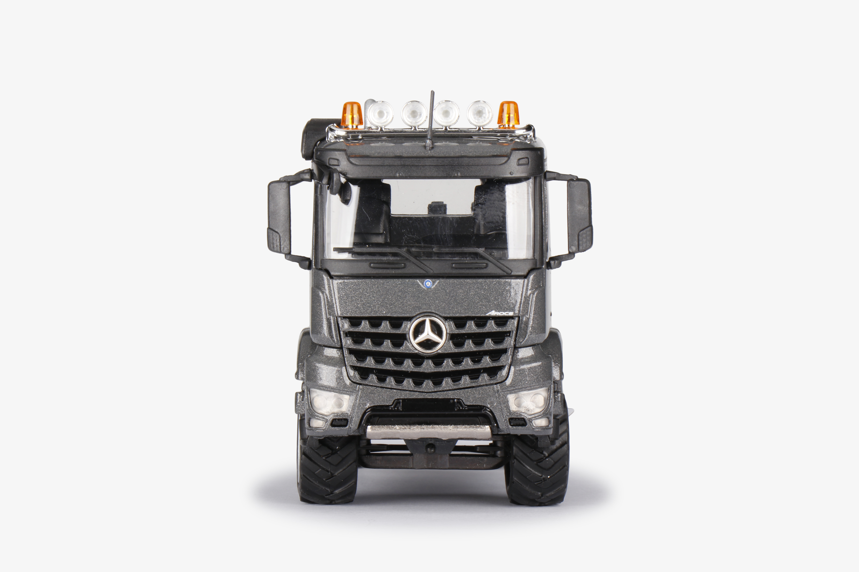 78008-0-MB-Arocs-Agrar-Truck-vorne