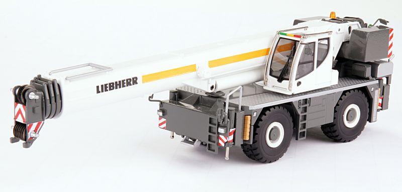 LIEBHERR LRT 1100-2.1 Rough terrain crane
