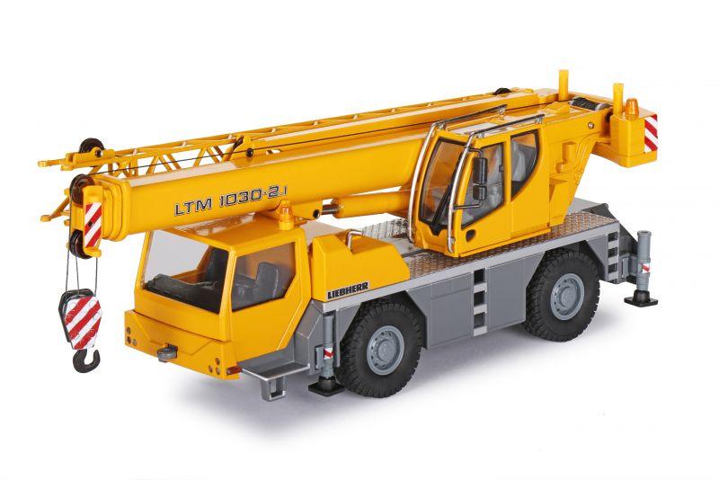 LIEBHERR LTM 1030-2.1 Mobilkran - geändertes Design Oberwagenkabine